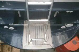 auch das Boot kann vor Kratzern geschützt werden